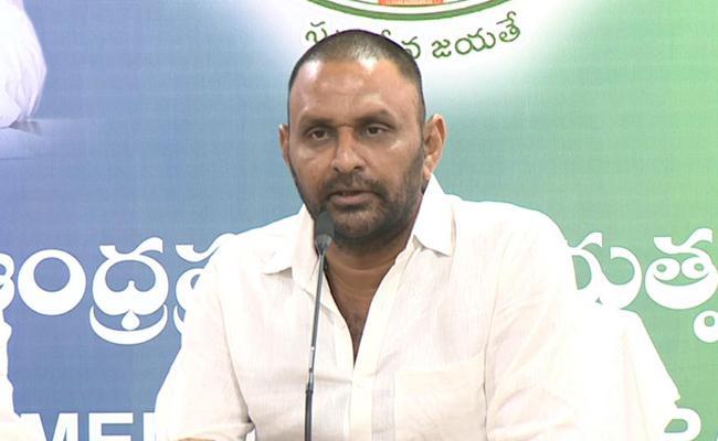 Kodali Nani Slams Chandrababu, Devineni Uma about Palavaram - Sakshi