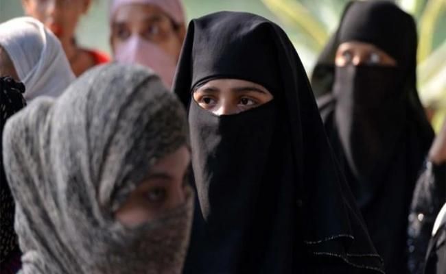 Husband Gave Tripple Talaq To Wife For Not Accepting Chewing Gum - Sakshi
