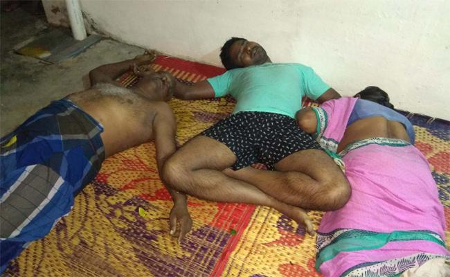 3 Family Members Suicide In Kaikaluru Krishna - Sakshi