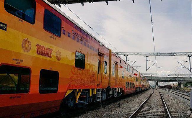 Vijayawada To Visakhapatnam Double Decker Rail Start 27th August   - Sakshi