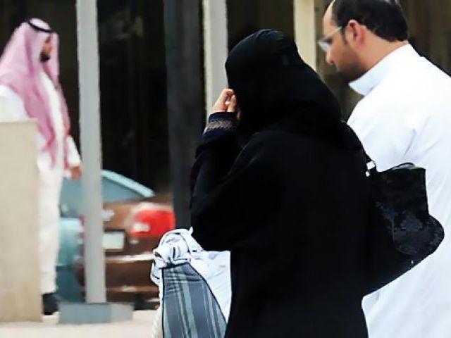UAE Woman Seeks Divorce Over Husbands Extreme Love and Affection - Sakshi