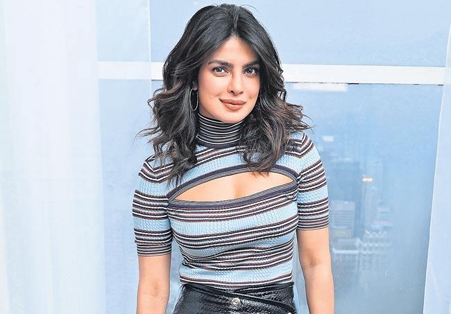 Priyanka Chopra to star in Netflix superhero film We Can Be Heroes - Sakshi