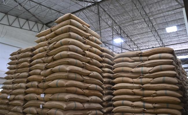 Rice Smuggling In Prakasam - Sakshi