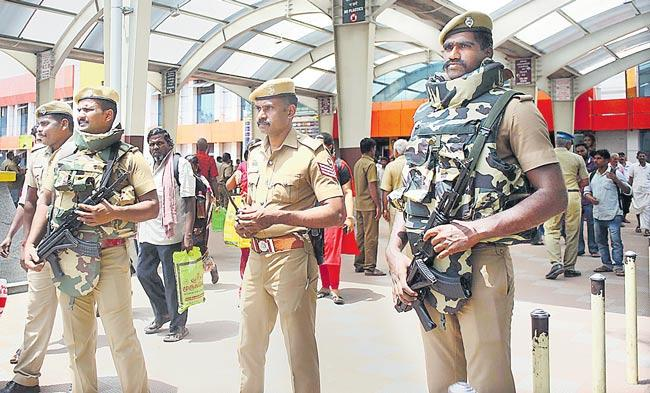 Alert in Tamil Nadu following intelligence of Lashkar terrorists inputs - Sakshi
