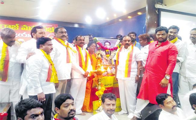 Minister Etela Rajendar says That He Would Always Work For Development Of Mudiraj - Sakshi