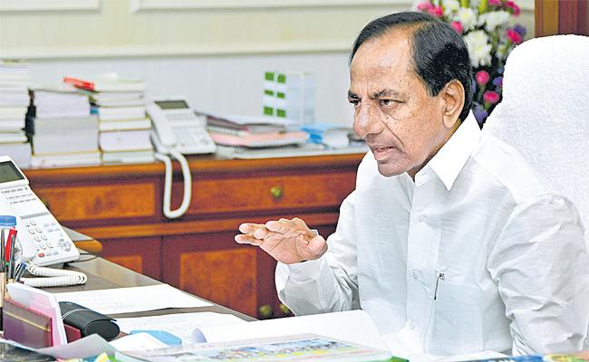 CM KCR Says By Kharif Season Palamuru Lift Irrigation Will Be Started - Sakshi