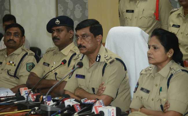 Visakha Police Arrested The Kidnappers - Sakshi