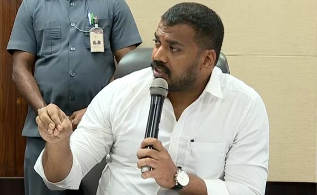 Chandrababu Misleading people, says Anil Kumar Yadav - Sakshi