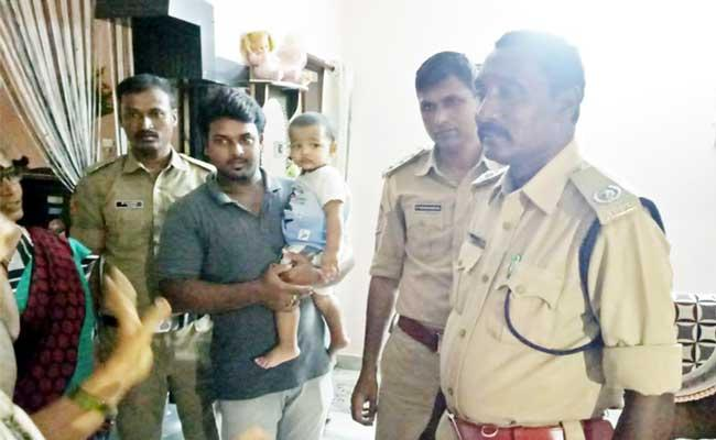 Fire Fighters Save Boy Locked In House Anakapalle - Sakshi