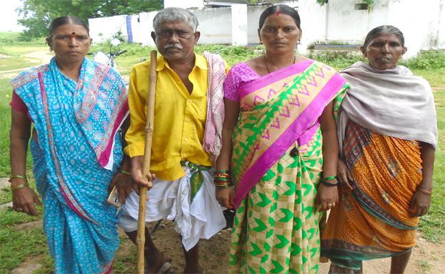 Parents Skeptical of Young Man Death In Karimnagar - Sakshi