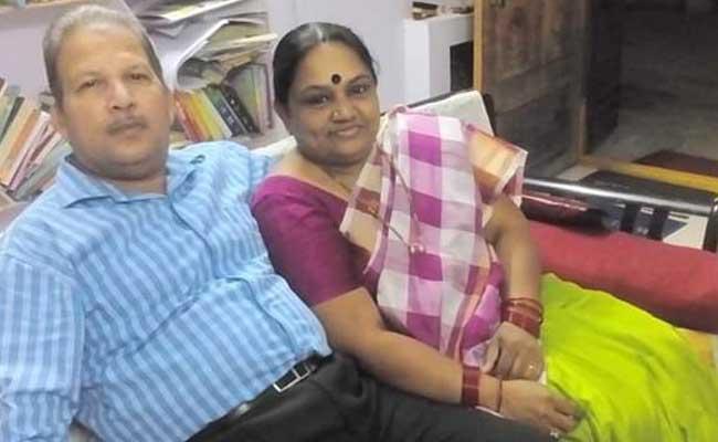 Famous Writer Jagadhatri Suicide In Visakhapatnam - Sakshi