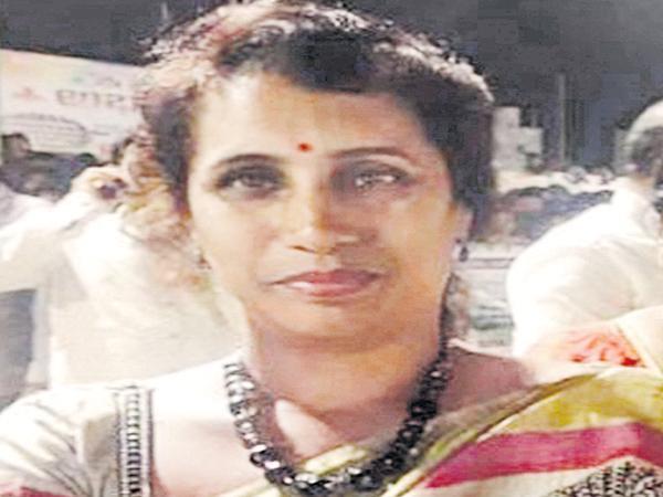 Kodela Siva Prasada Rao family members illegal activities also in Grass - Sakshi