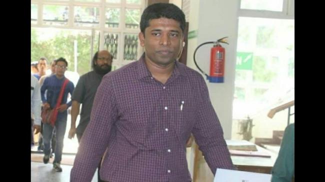 IAS Officer Disturbed Over Curbs In Kashmir Resigns - Sakshi