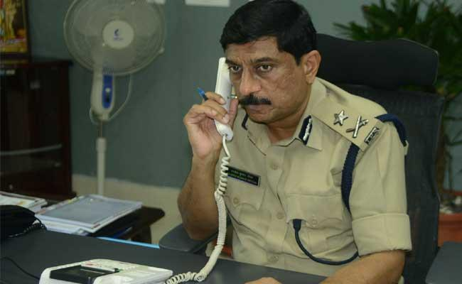 Sakshi Phone In Program With Police Commissioner Visakha City