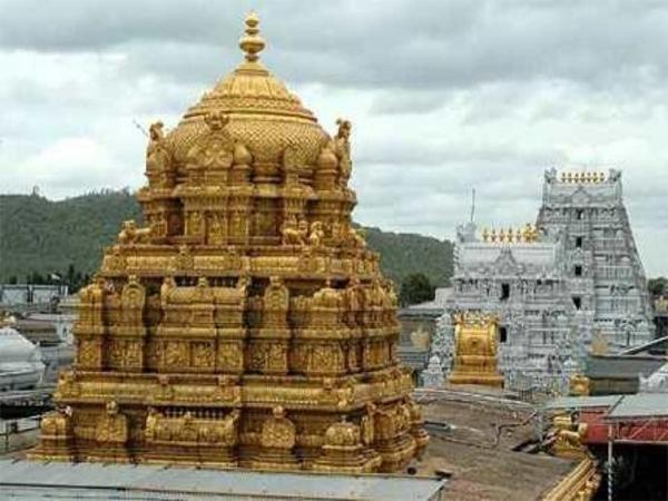 TDP sympathetic officers hands in Pagan Campaign on bus tickets in Tirumala - Sakshi