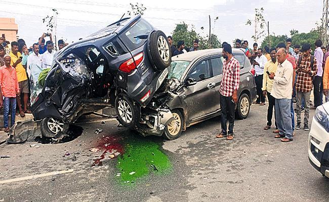 Road Accidents in Medchal - Sakshi
