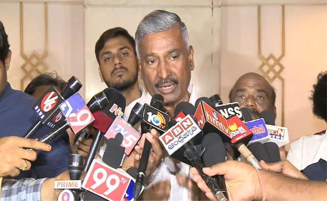 Minister Peddireddy Ramachandra Reddy Comments on Polavaram Project - Sakshi