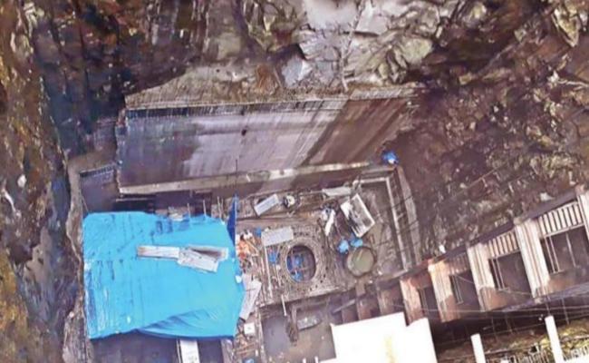 Udaya Samudram Lift Irrigation Scheme Delayed Due To Land Acquisition Problem At Nalgonda - Sakshi