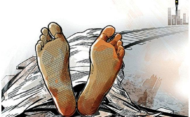 Railway Tracks Become Suicides Hotspot In Joint Nalgonda District - Sakshi