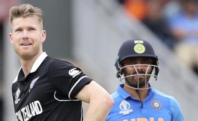 Neeshams Hilarious Reply For Favourite Indian Cricketer - Sakshi