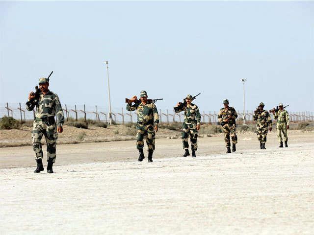 Pakistan Terrorists Commandos Trying To Enter Gujarat - Sakshi