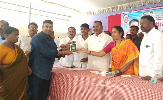 Niranjan Reddy Speech In Devarakadra At Mahabubnagar - Sakshi