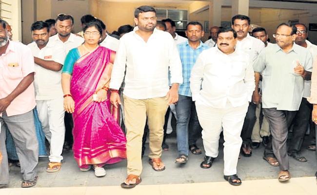 Tandur Politics Are Interesting In Rangareddy District - Sakshi