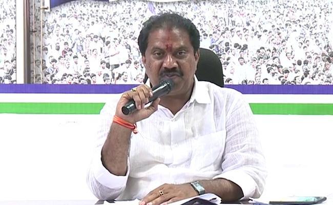 MLA Malladi Vishnu talks About national sports Day In Vijayawada - Sakshi
