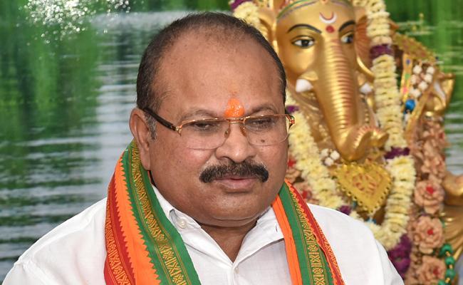 Special Story on Kanna Laxminarayana Political Career - Sakshi