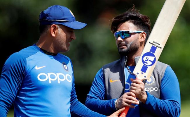 Great opportunity for Pant to Become a Consistent Performer Kohli - Sakshi