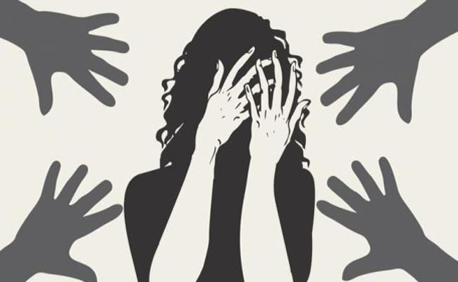 Mumbai Woman Allegedly Raped By 4 Men On Her Birthday - Sakshi