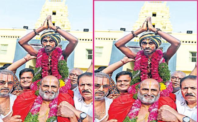 Chilkur Rangarajan Writes Guest Column On Sant Ravidas Temple Issue - Sakshi