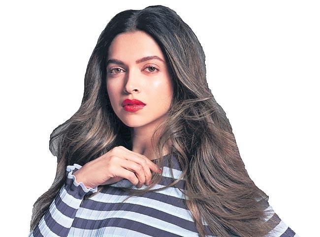 Deepika Padukone on suffering from depression - Sakshi
