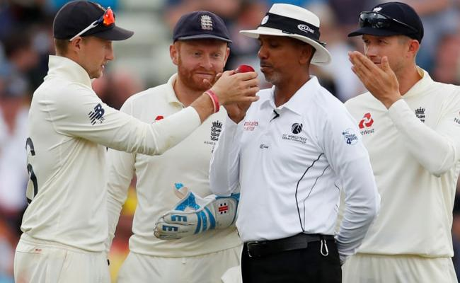 Wilson saved by technology in Challenging Test For The Umpire - Sakshi