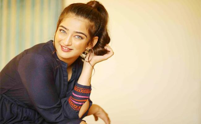 Akshara Haasan ok to Web Series - Sakshi