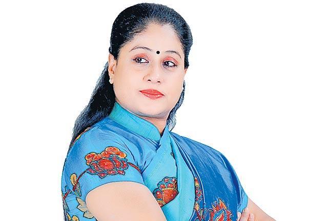 Vijayashanthi Role In Sarileru Neekevvaru - Sakshi