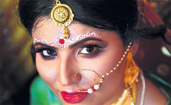 Transgender Thistha Das Marriage Special Story - Sakshi