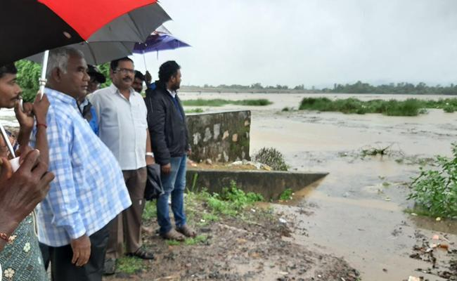 Nagavali Vamsadhara Rivers Overflowing In Srikakulam - Sakshi
