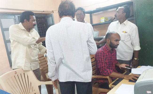 Grama Volunteer Merit List Released After Pandemonium - Sakshi