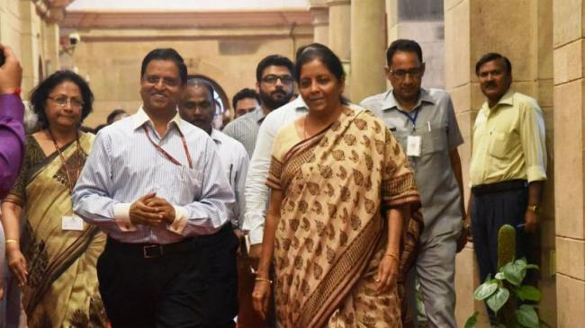 Industry Leaders Meet FM Nirmala Sitharaman - Sakshi