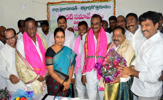 ZP First Chief And ZPTC Members Sworn On Wednesday In Khammam  - Sakshi