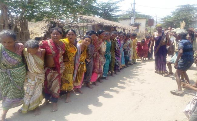 World Adivasi Day Celebrates In Vizianagaram - Sakshi