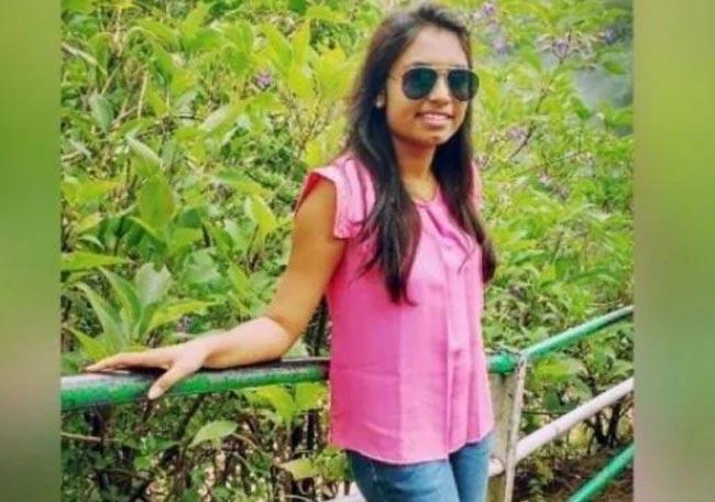 Accused in Payal Tadvi Suicide Case Get Bail - Sakshi