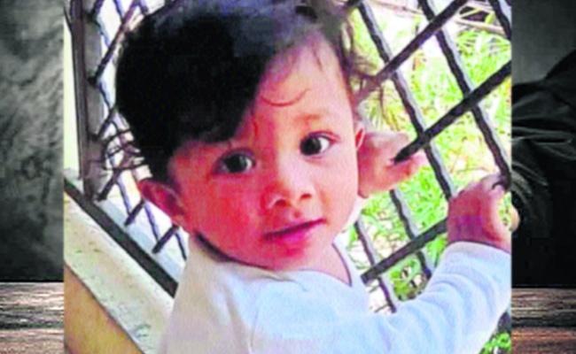 One Year Child Dead In Khammam District - Sakshi