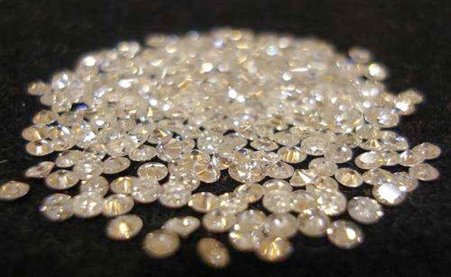 Fraud Case File on Diamonds Businessman - Sakshi