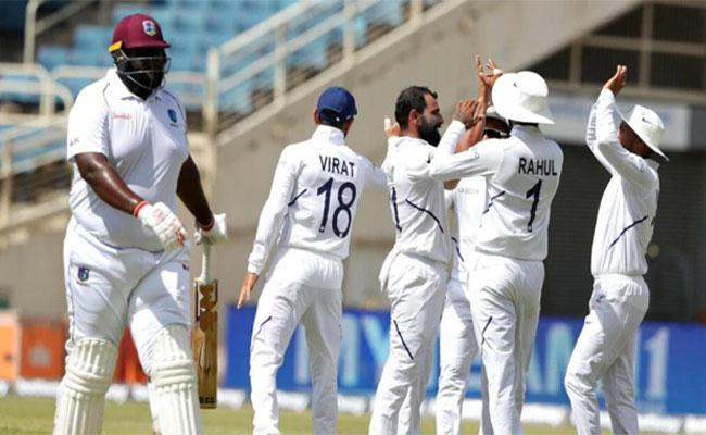 West Indies 117 All Out In Second Test Match - Sakshi