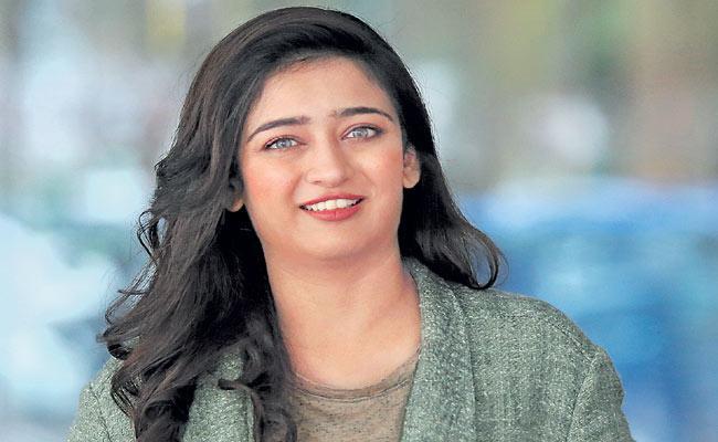 Akshara Haasan Exclusive Interview In Sakshi Family