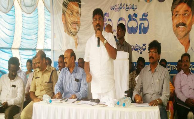 Minister Adimulapu Suresh Attended To Spandhana Programme In Prakasam - Sakshi
