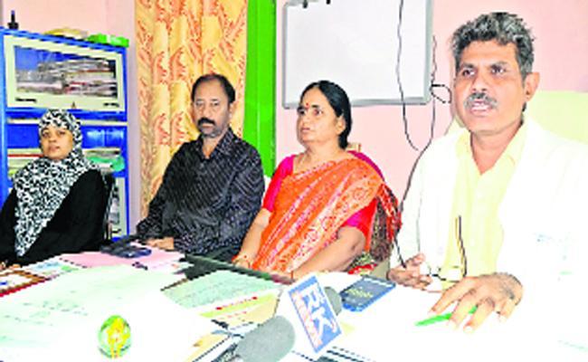 General Hospitals Held Awareness Program On Seasonal Diseases In Mahabubnagar - Sakshi
