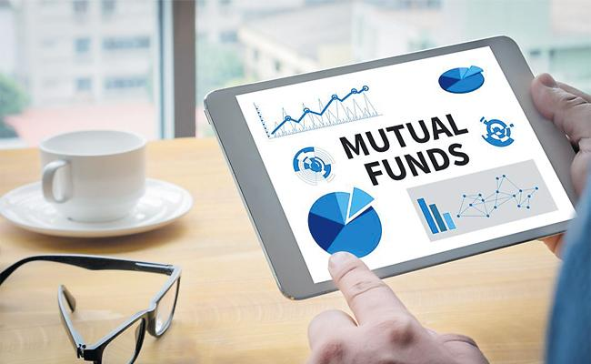 Four Percent Funds Rises in Mutual Funds - Sakshi